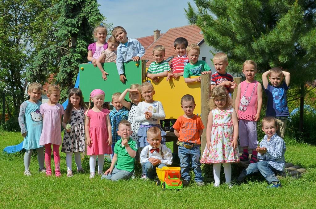 spolocna fotografia deti na preliezke
